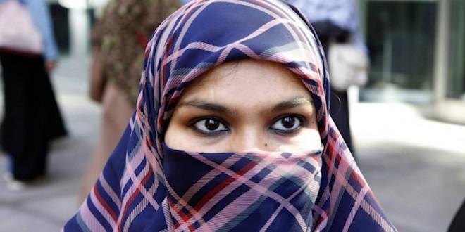 Ottawa wants postponement of ruling that quashes niqab ban, Report